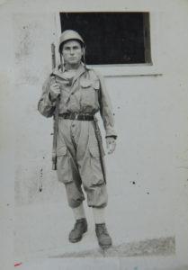 Nonno Ciccio als Soldat.