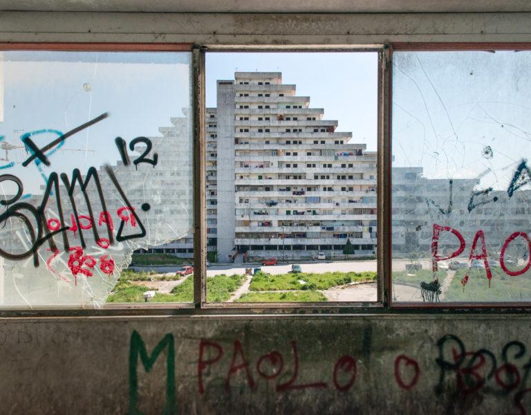 "Die ""Vele"" von Scampia: Symbol des Verfalls. Foto: Max Intrisano"
